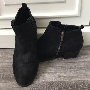 Carlos Santana black booties ankle boots 7 1/2